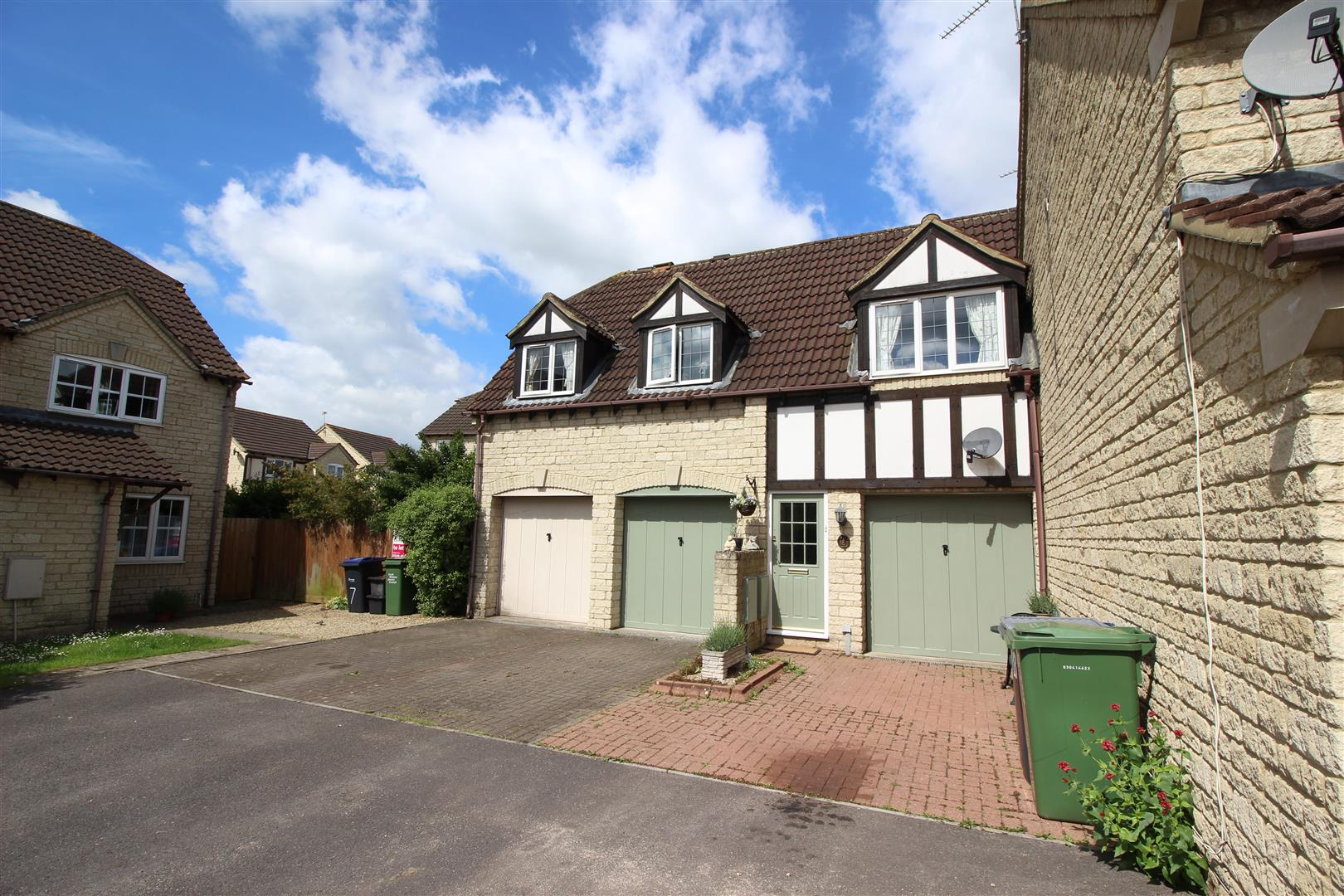 1 Bedroom Property for sale in Huntingdon Way, Chippenham